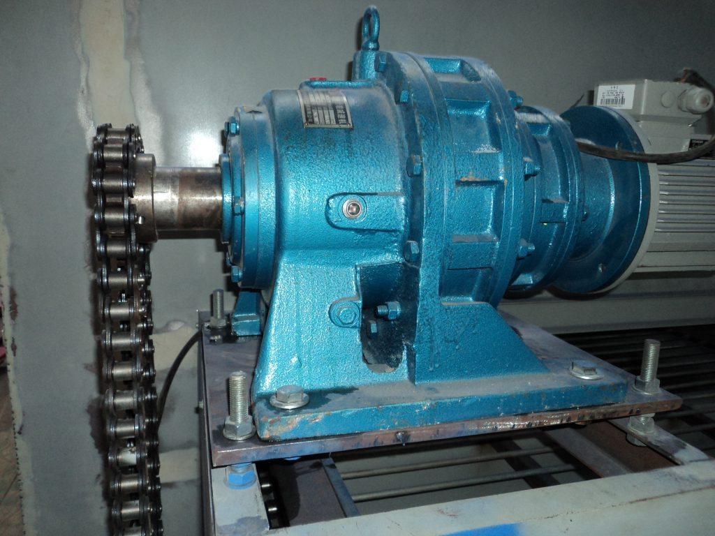 mesh belt dryer motor reducer